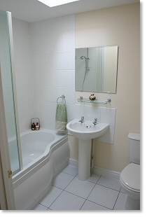The coach house self catering holiday appartment rental for Small fitted bathrooms